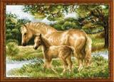 """""""Лошадь с жеребёнком"""" Риолис 1258 (крестик)"""