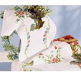 "Дорожка на стол ""Орнамент из роз и незабудок"" Vervaco 2290-2124 (крестик)"