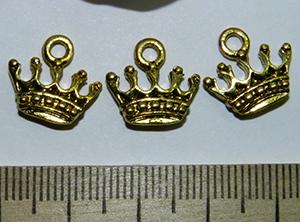 Подвеска металлическая золотистая Корона 13х15мм