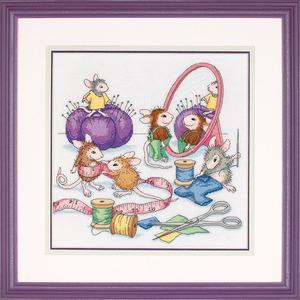"""Набор для вышивания DIMENSIONS """"Швейные мышки"""" DMS-13731 (крест)"""