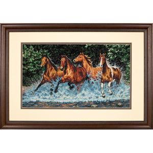 """Набор для вышивания DIMENSIONS """"Бегущие лошади"""" DMS-35214 (крест)"""