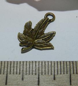 Подвеска металлическая бронзовая Листик 14х20мм