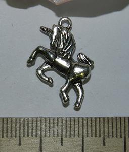 Подвеска металлическая серебристая Единорог 19х20мм
