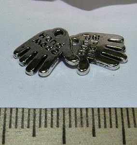 Подвеска металлическая серебристая Ладошка 13х13мм